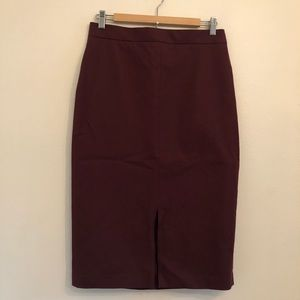 Banana Republic maroon pencil skirt with slit